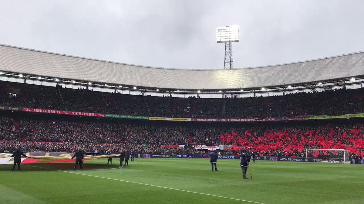 Mijn Feyenoord... 🔴⚪️  #feypsv https://t.co/9VnqelJI1p