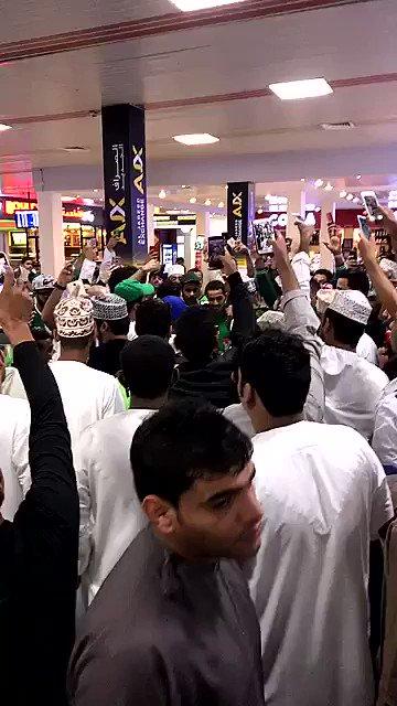 ✳️ فيديو .. جماهير #الأهلي في عمان .. تردد ' مجانين بحبه مجانين ' .. #...
