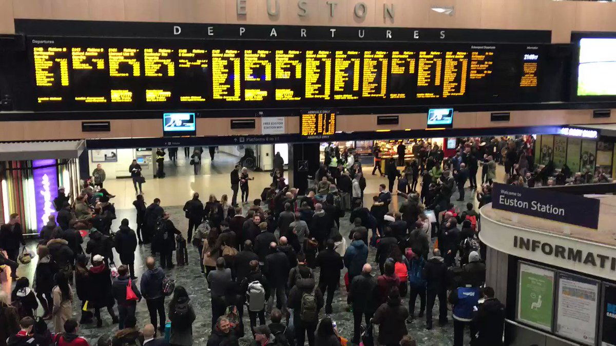 Euston station. Now. https://t.co/P3PCMDgQFl