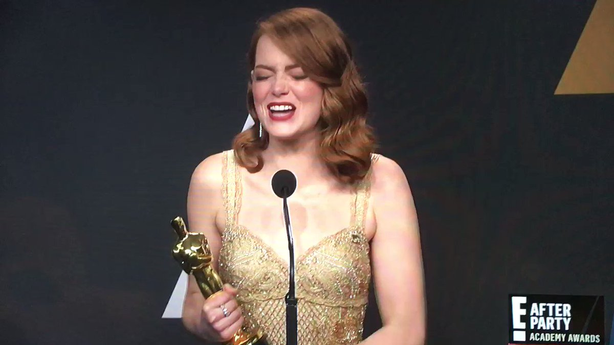 A very classy Emma Stone explains it all about that #Oscars #BestPicture moment. https://t.co/9gyvO1PoAY