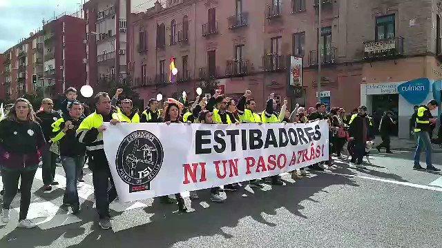 Andalucía en la calle en defensa de sus derechos y servicios #ALaCalle...