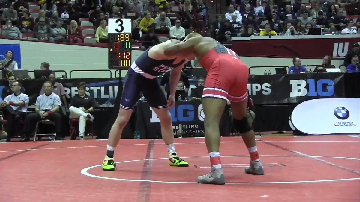WATCH: Myles Martin takes out undefeated Bo Nickal. https://t.co/Fl1pTVYvC5