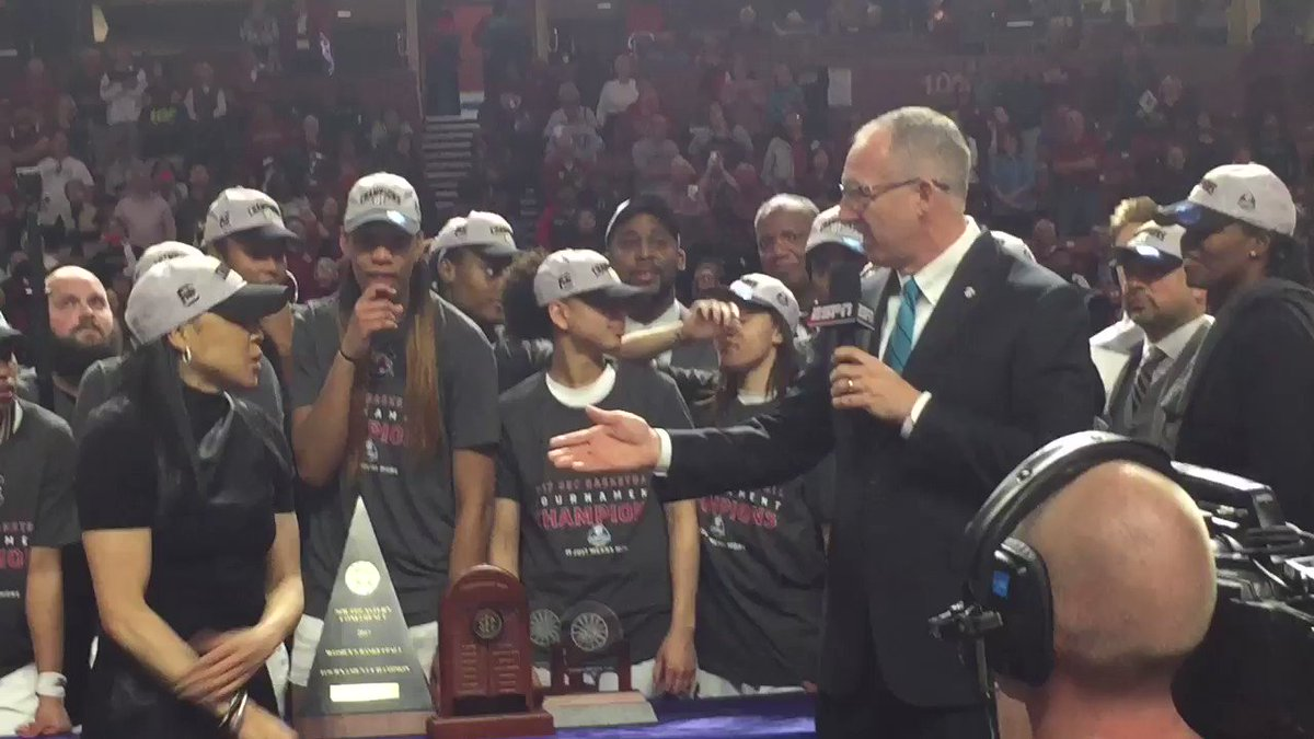#Gamecocks receive Championship Trophy. They win the Regular season and tourney titles for 3rd straight year. https://t.co/SVwK6EttfF