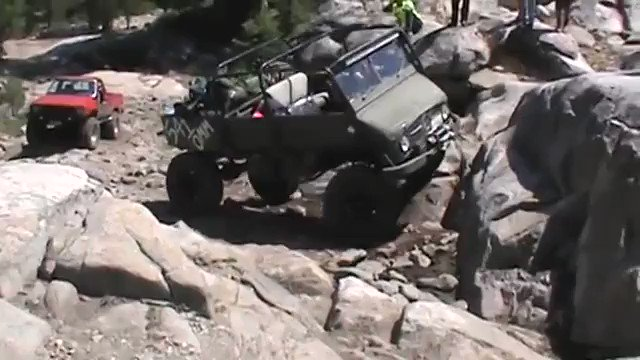 MEDIA: Mercedes-Benz Unimog climbs rock platform https://t.co/E1op3I3Dkm