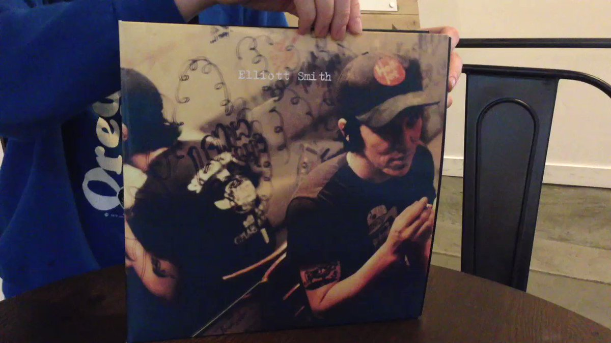 Elliott Smith's 'Either/Or: Expanded Edition' is out now. Find a record store near you: https://t.co/nRbhrwsWvN https://t.co/eMovgSukJA