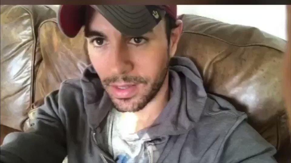 guys I want to see your @musicallyapp videos for #SUBEMELARADIO !!!! https://t.co/fJUVmkSmq0