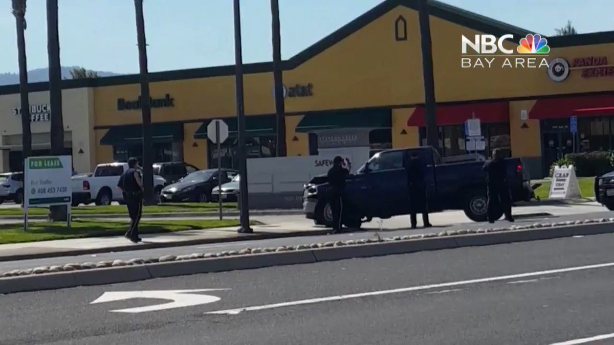 Tense scene in San Jose as police fire at erratic naked man (Warning: Graphic Content). https://t.co/W4FwrmTd1F