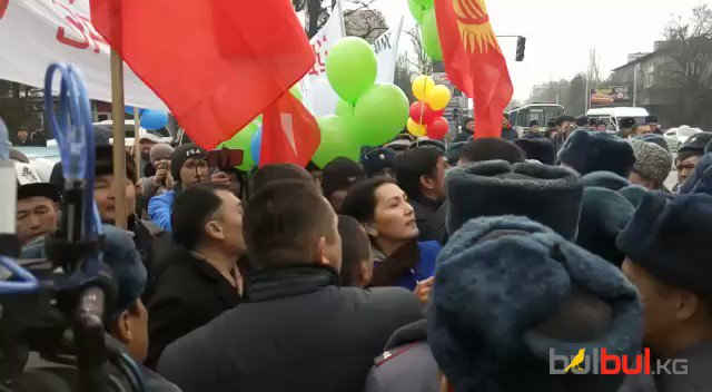 Today in Bishkek. Opposition march got squeezed by Police near downtown. So far non-stop protesting in the southern district of Bazar-Korgon