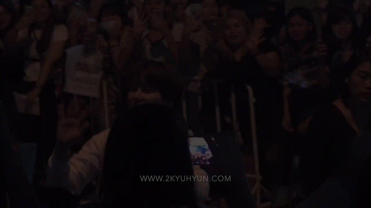 170319 Kyuhyun Solo Concert - Reminiscence of Novelist in Thailand :) ��퇴근 cr. @2kyuhyun #KYUHYUNSOLOCONCERTinBKK https://t.co/oRhr431C2W