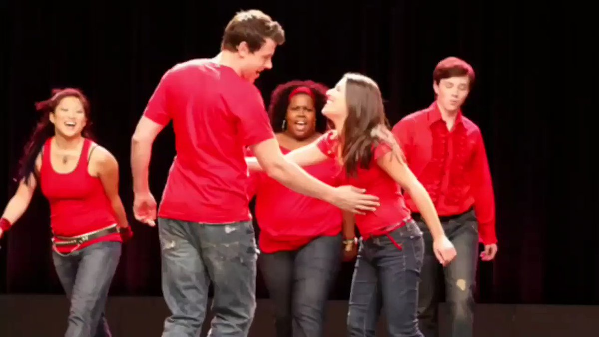 Retweet this if glee changed your life ❤️ #2YearsWithoutGlee