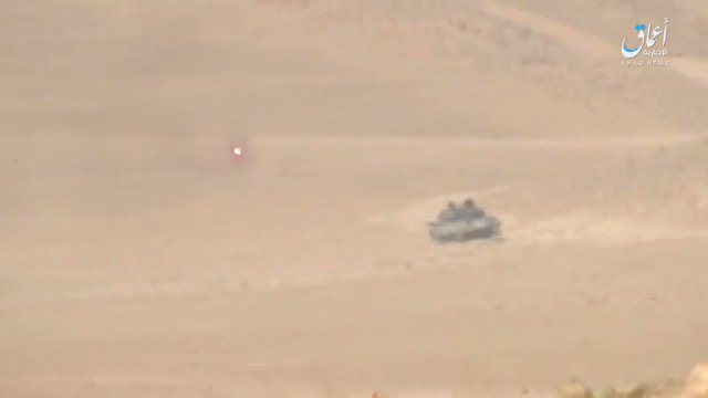 Video: Syrian Army T-62M hit by ISIS ATGM near Palmyra Syria