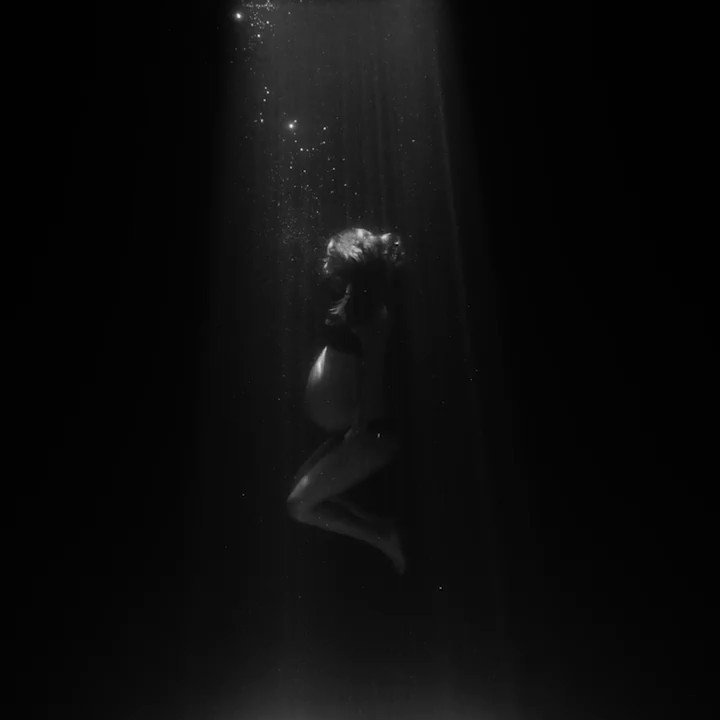 My Willing Heart. Directed by Anna Rose Holmer. Starring Natalie Portman. https://t.co/JDiJuNDC2B https://t.co/1dBNXQ0lZb