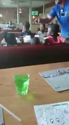 This video is almost 3min long. Where is the @SpurRestaurant management? Mall security? Where is this Spur?