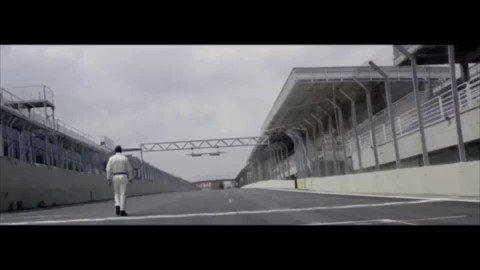 Difícil decir algo más. Sensacional video, el verdadero Senna. Vía @QuintanaFoto https://t.co/qwSY3yq4FI