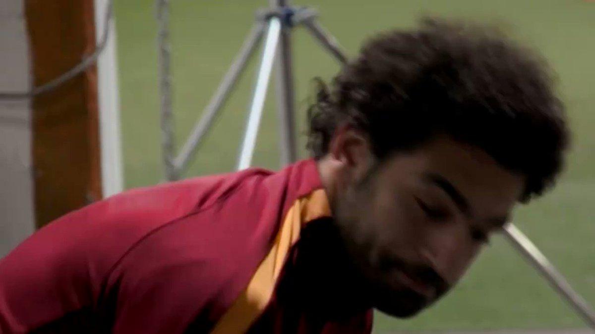 👏 Gol y asistencia para @22mosalah en #RomaSassuolo... Elegido por los fanáticos como mejor jugador del partido 🏅