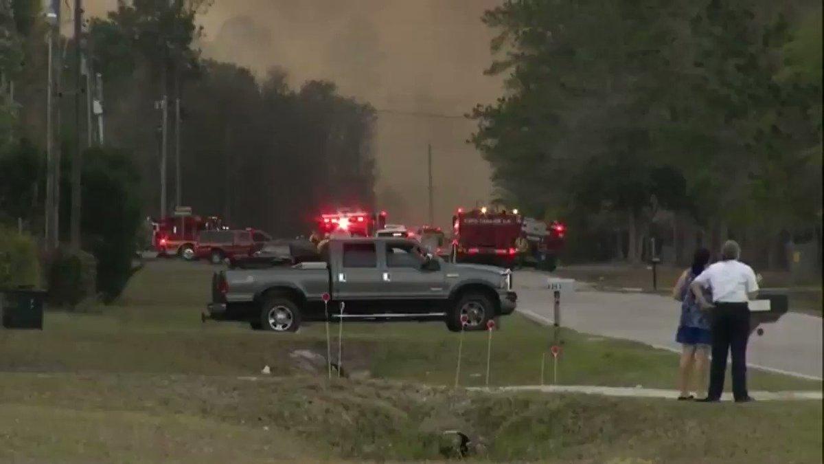 BREAKING: JFRD sent 20+ units to help battle this Nassau County brush...