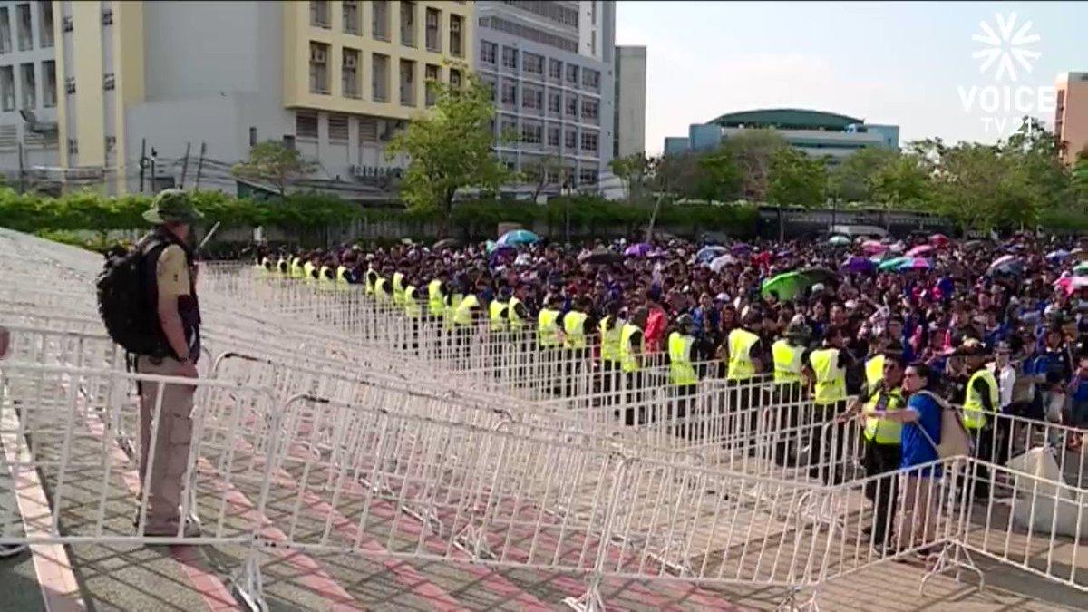 บรรยากาศหน้าสนามรัชมังคลากีฬาสถานเป็นไปอย่างคึกคัก! #บอลไทย #คัดบอลโลก...