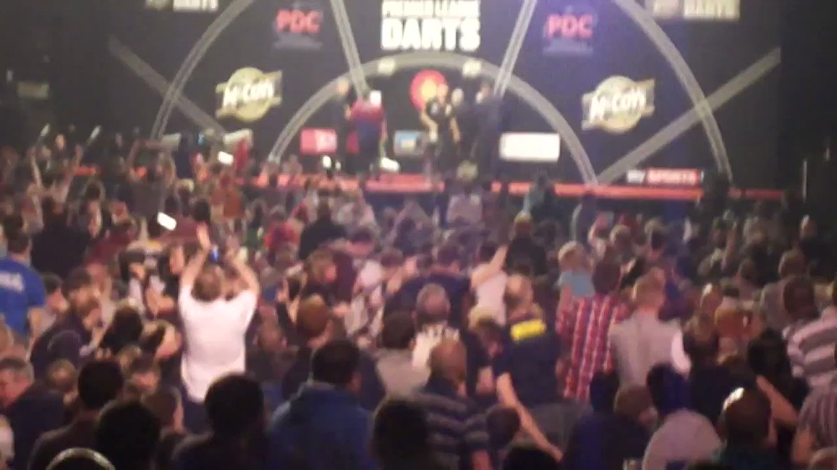 🎥 THROWBACK: Incredible scenes after Phil Taylor's nine-darter in Aber...