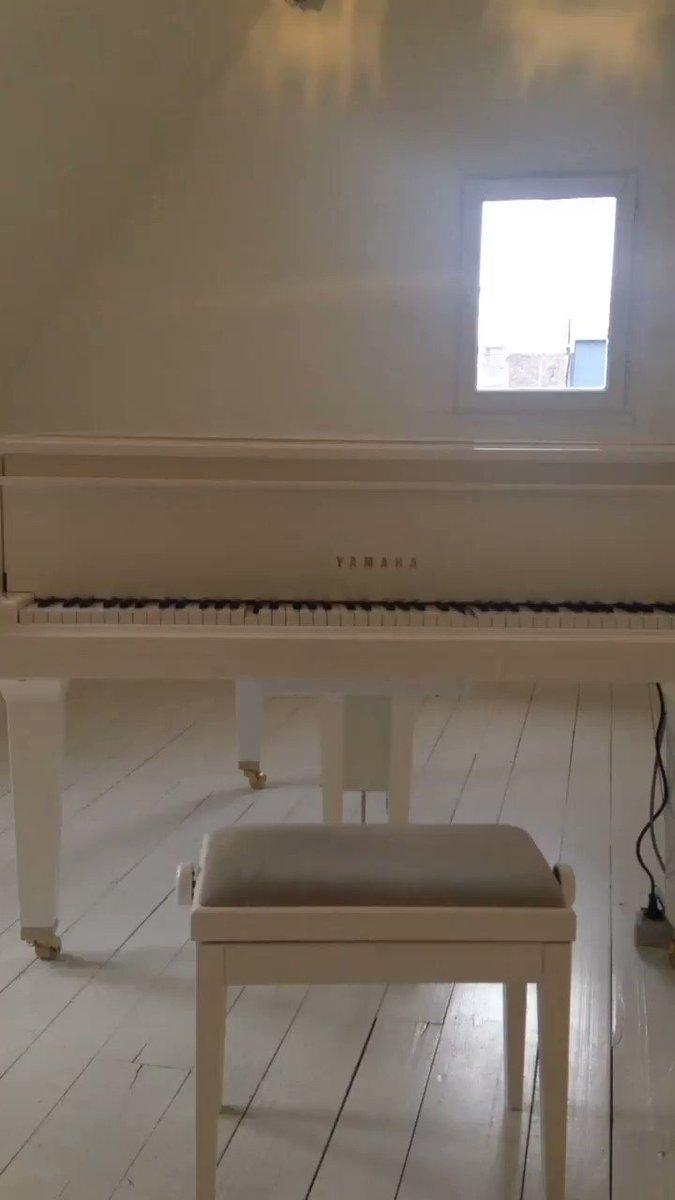 Le piano comme l'argent n'est agréable qu'à celui qui en touche ! #ErikSatie #LaMaisonDeSatie
