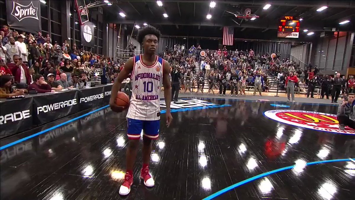 .@CollinYoungBull reaches all the way back. #McDAAG #FansChoiceDunk ht...