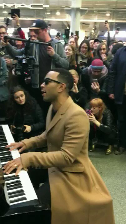 So @johnlegend just casually dropped in at St Pancras International to...