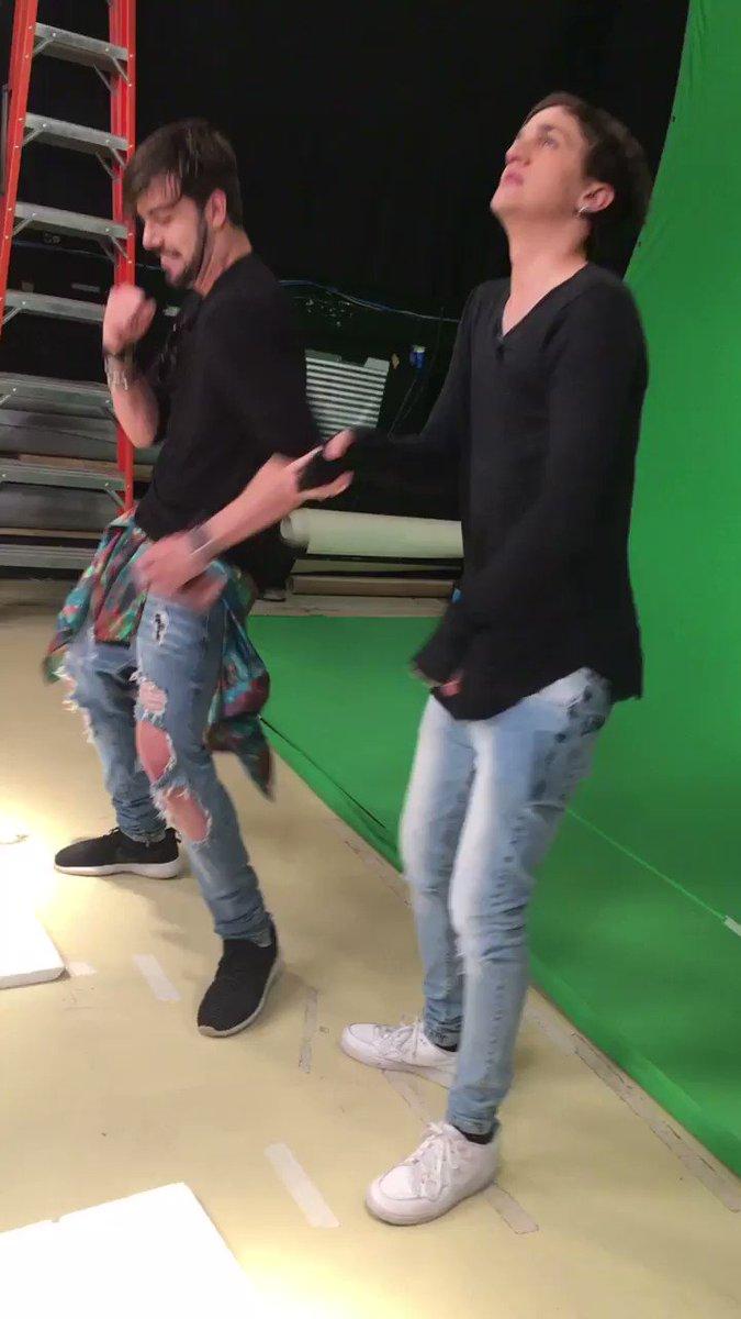 É MUNDO! Quinto lugar 🌎🎉✌️💥🔥#ChrisET3ddyNoTVZ dancinha pra comemorar!...