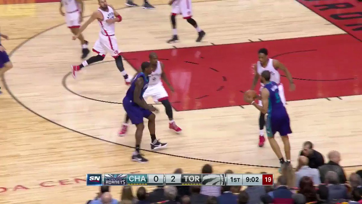 Ibaka with the block, Ibaka with the 3 🔥 #Raptors #Hornets https://t.c...