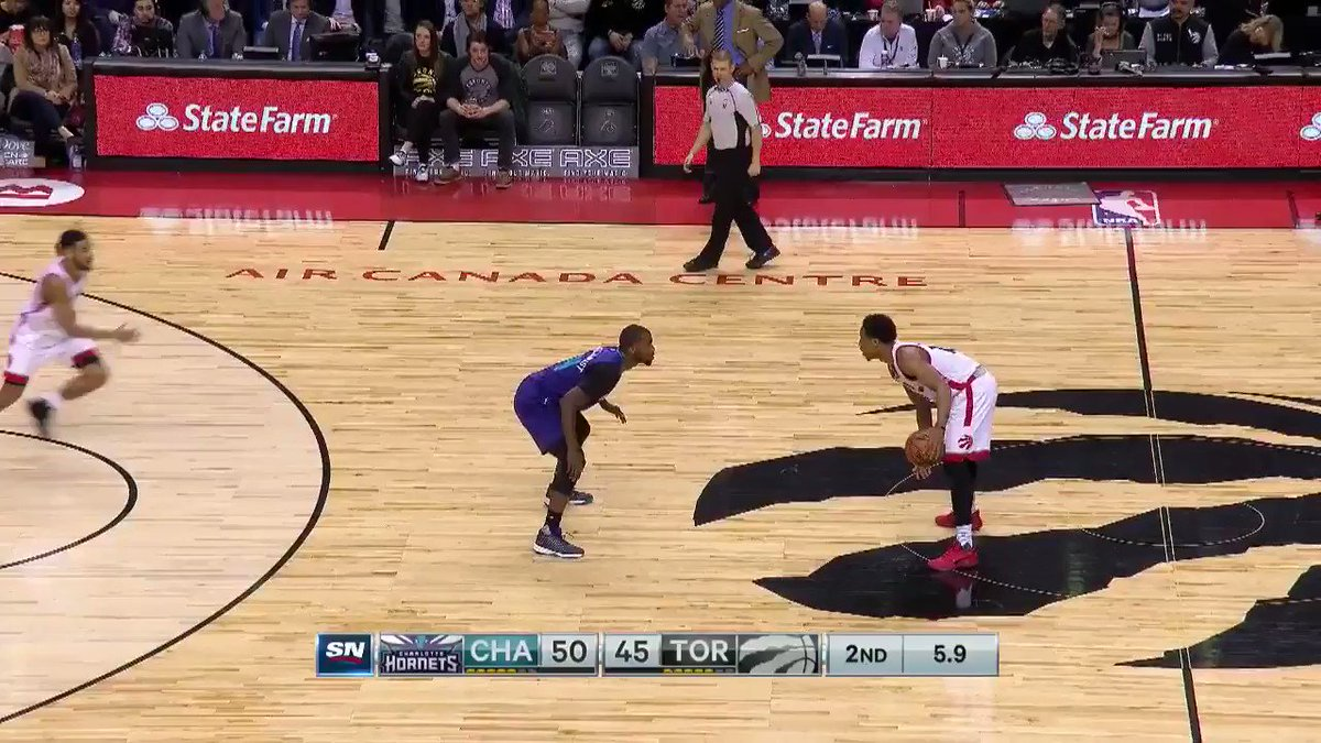 DeMar DeRozan beats the second quarter buzzer  #Raptors #Hornets https...