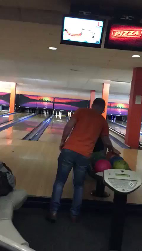 My eldest son's friend Tom is not the greatest bowler... https://t.co/RbS0Dv7GLt
