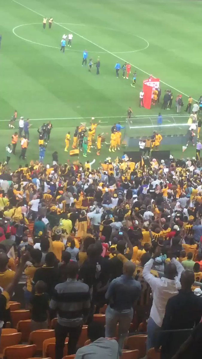 Big celebrations. It's like a league has been won already. Even Chiefs players joined in. Well done to bra Steve https://t.co/dP3ck155cF