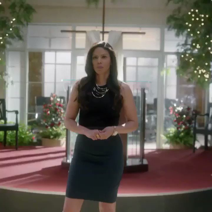 Greenleafers...things are getting HOT in this church. Watch with me tonight at 10/9c. https://t.co/7uAdQW4OIj