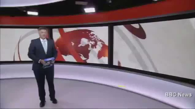 Huw Edwards mesmerises the nation during BBC's silent News