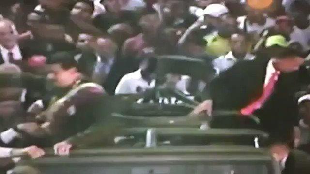 Acá el vídeo de la huida de Nicolás Maduro de San Félix https://t.co/MEIf3ACSka