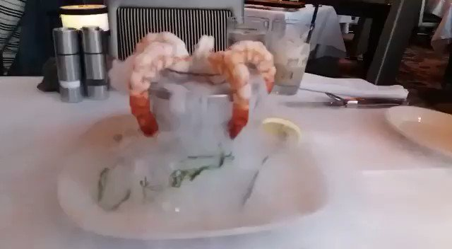Now this is a shrimp cocktail https://t.co/CIIK3xrLq2