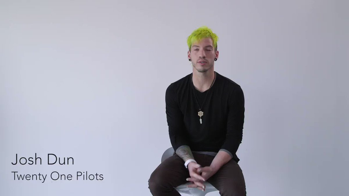 Josh dun and halsey dating 6