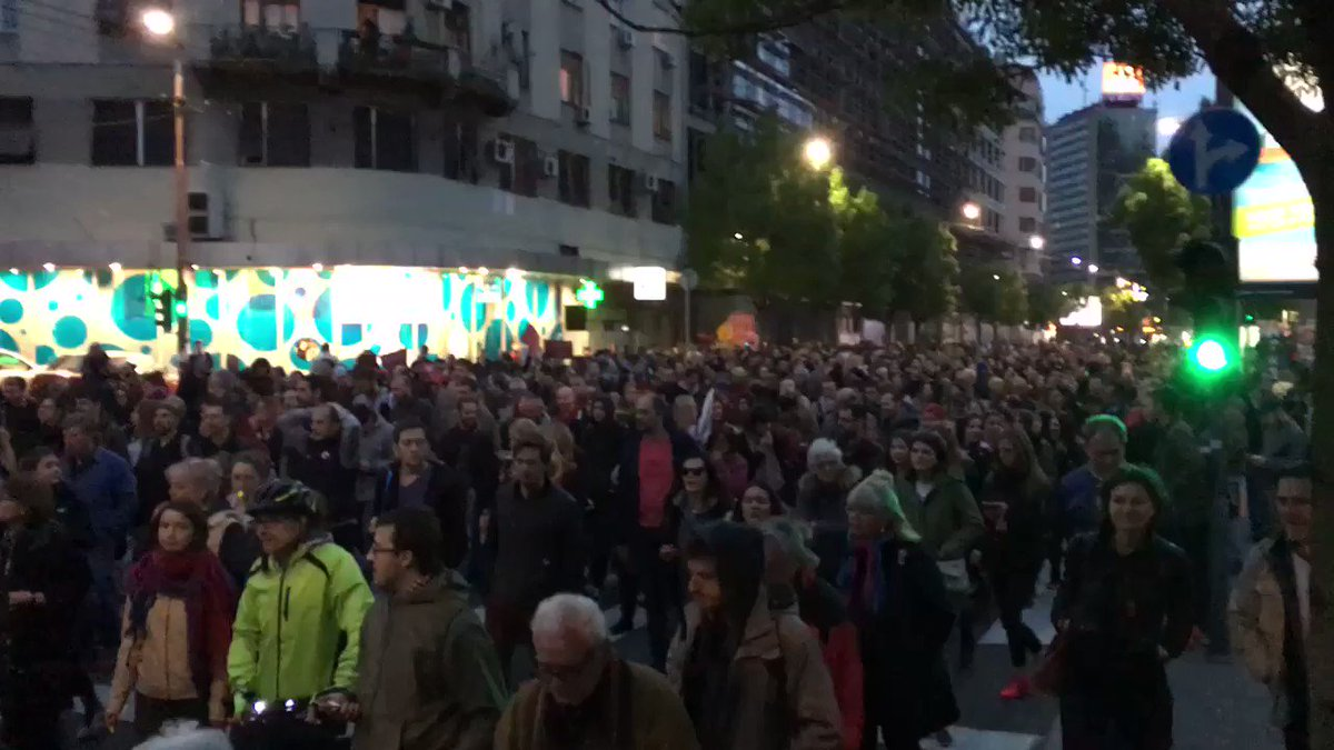 About 2000 protesters in Belgrade
