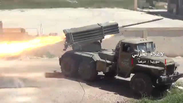 Daraa: warplanes, Grads, artillery, IRAM rockets, ATGM|s, T-72 Adra used by pro-Government forces to repel Rebels in Al-Manshiyah.
