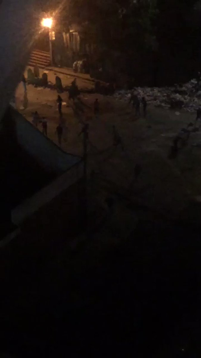 Heavy clashes in El Valle, National guard using bullets and tear gas