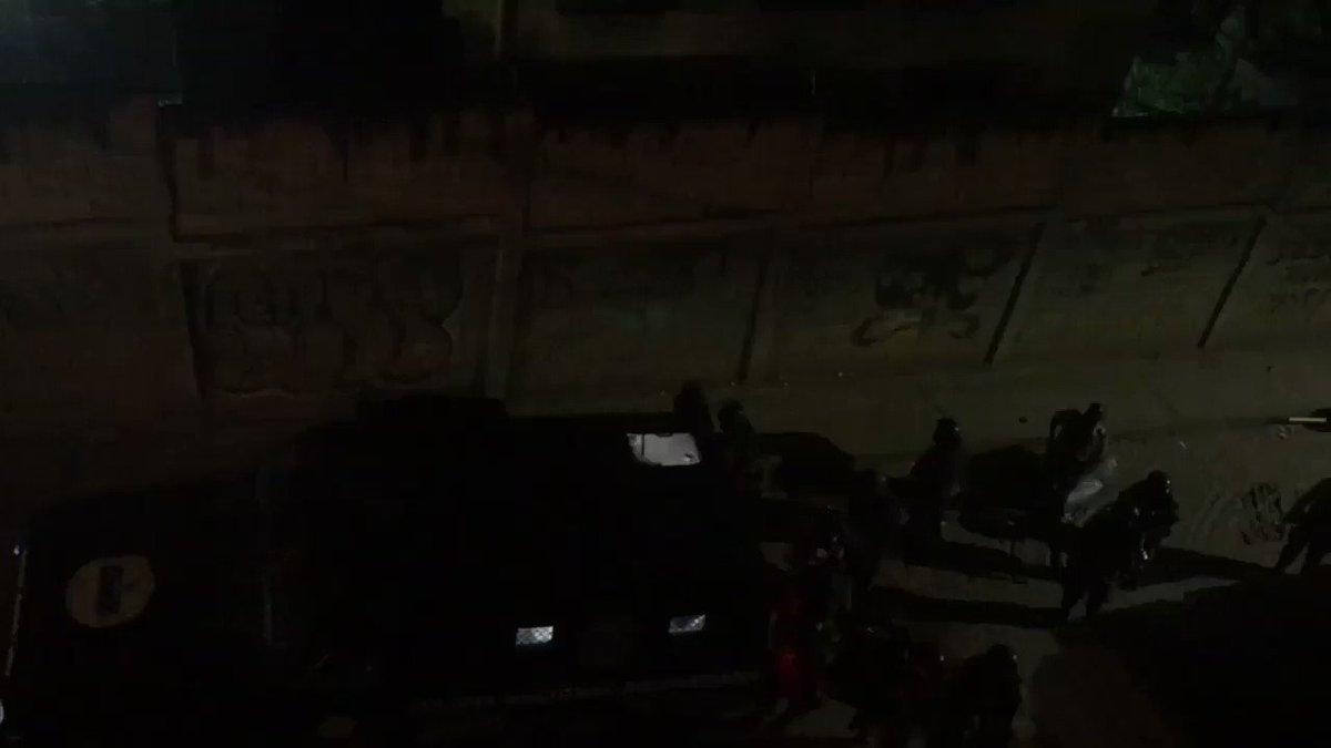 Heavy crackdown on protesters in El Valle, presence of Colectivos reported
