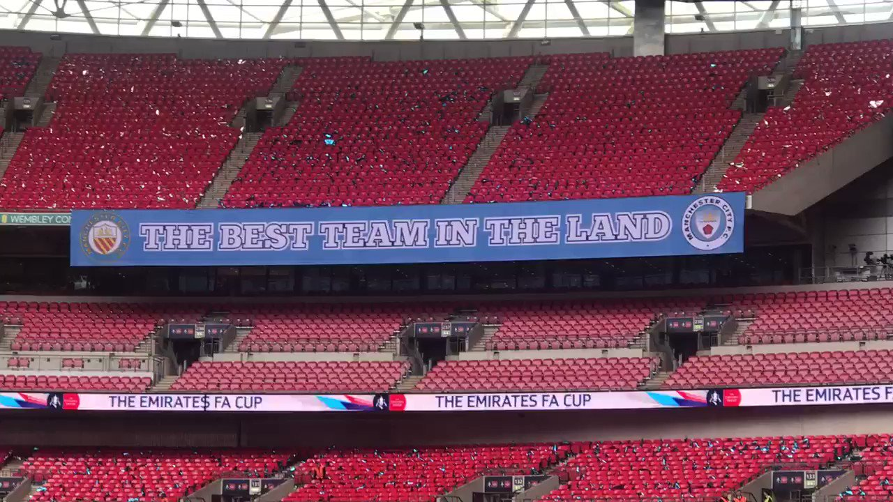 The @ManCity banner at Wembley...'and all the world'. That is quite a claim...👀 https://t.co/FSp0fwWsFy