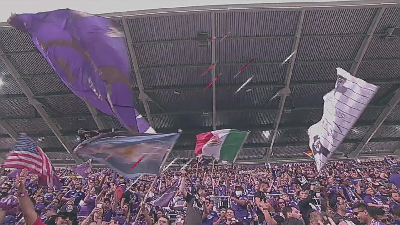 Sundays are for #soccer! https://t.co/37JLadnsYc #LAvSEA https://t.co/DfesEv7n5X