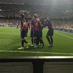 RT @lucasammr: Unique moment. #Messi500 #Messi23 h...