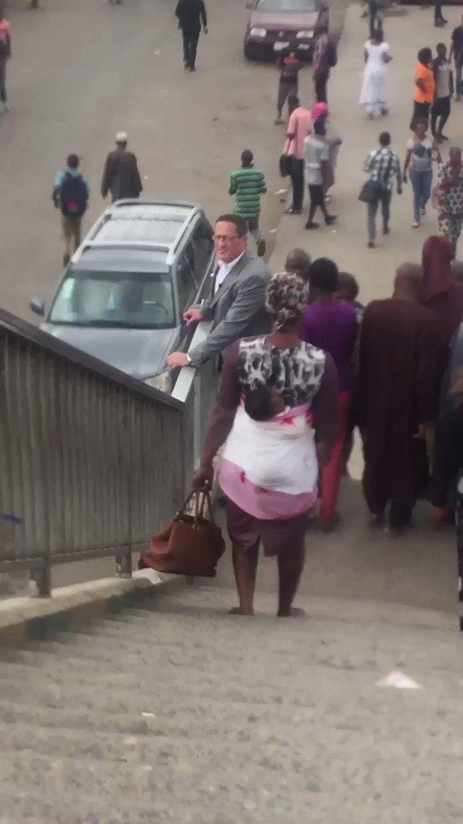 Filming on the Oshodi interchange was vibrant & bustling. Lots of people on the move. #RichardQuestinNigeria
