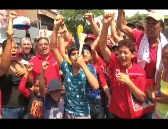 #HOY las mujeres revolucionarias salen a las calles en defensa de la p...