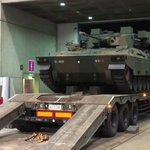 ニコニコ超会議まであと✨1日✨‼幕張メッセに「89式装甲戦闘車(愛称:ライトタイガー)」がついに到着…