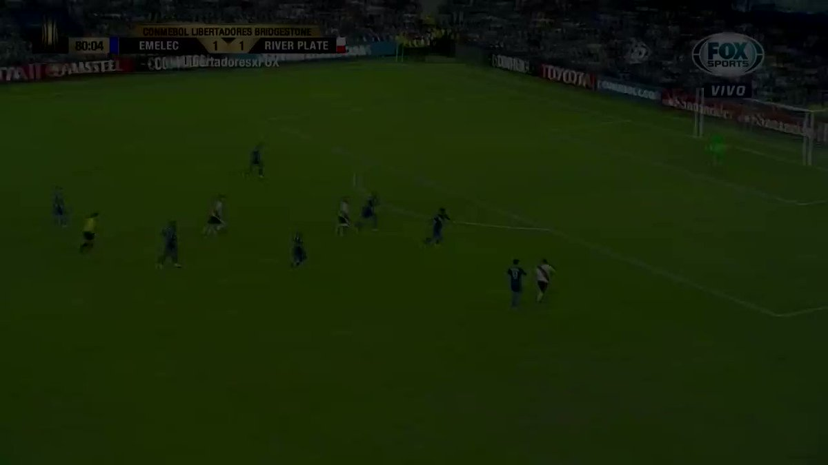 Este fue el gol de Alario para poner a #River arriba 2 a 1: https://t....