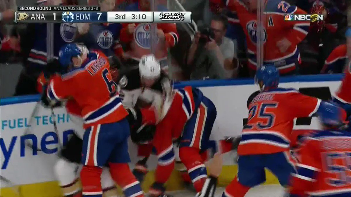 Let's check in on things in Edmonton https://t.co/71dDkx8lYh