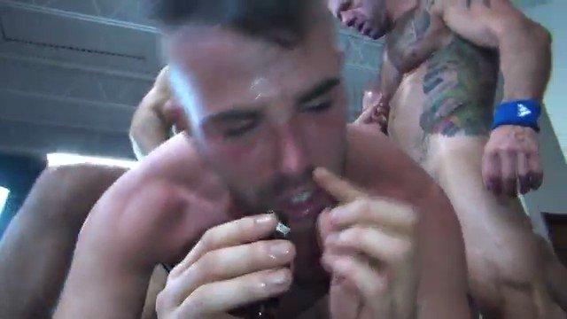 RT @bbfuckercom: I want his hole....Take it @ALEXMASONXXX Thank you @rawfuckclub #BBBH #bareback https://t