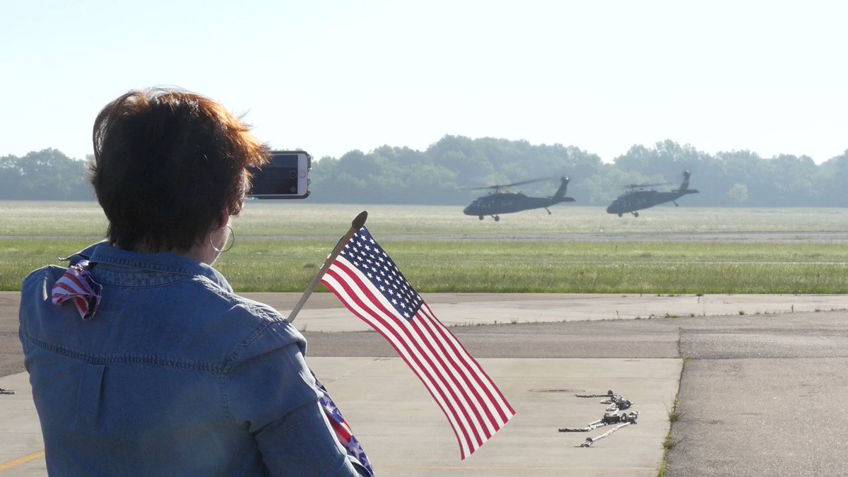 USA: Members of the 1st Battalion, 185th Aviation governmentnt leaving Fort Hood, Texas, heading to Kosovo for a 10 month deployment