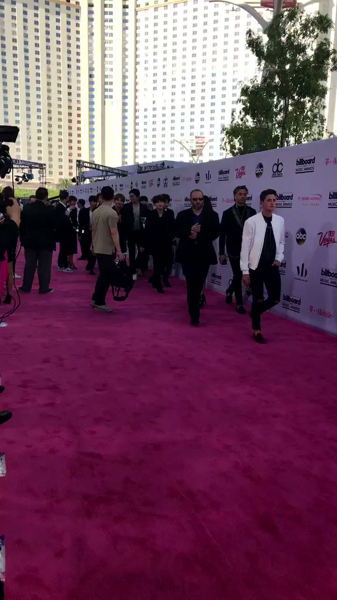 Here they are! @BTS_twt at the #BBMAs! #BTSBBMAs https://t.co/nrq9eN7QKc